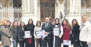 Hemşirelerden AHEF'e protesto