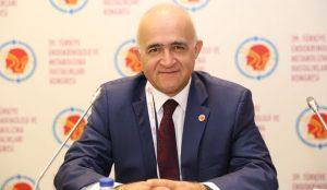 """Cerrahpaşa Dekanı Prof Dr Sait Gönen TUS'da  """"Cerrahpaşa""""  Farkını  Anlattı"""