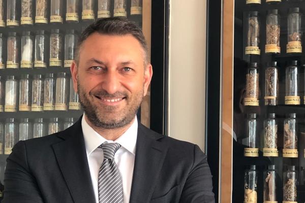 Sandoz Türkiye'nin Uzmanlık Ürünleri İş Birimi Direktörü