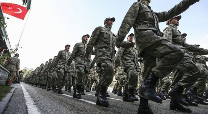 Yeni askerlik kanun teklifi komisyonda kabul edildi: Doktorların askerliği mecburi hizmete sayılacak!