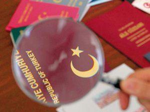 AB'den şok karar: Türk vatandaşlarına vizeler süresiz durdurdu!